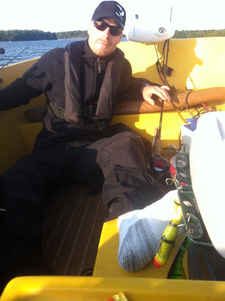 Danne var mkt sugen på att få en Zalt i foten... Den färgen är tydligen het för stekare från Väsby också :-)