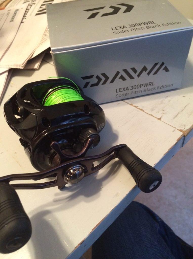 Daiwa Lexa i SödersSportfiskes Black Edition med den finstämda PWRL utväxlingen - sjukt skön - vi får se hur kvalitén är jämfört med ABU´s tröskverk.